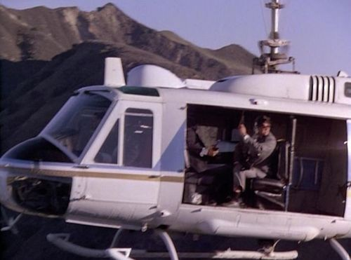 Airwolf 2.14 Huey 3.jpg